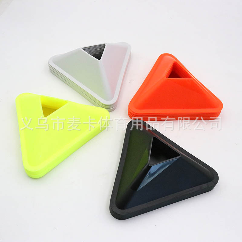 McCarthy Sports Production Wholesale Triangular biao zhi die Obstacles Football Training biao zhi die fu he pp Material