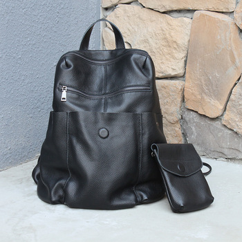 AETOO Large capacity backpack first layer leather men and women shoulder bag Korean neutral leather soft leather travel bag aetoo new leather leather korean version of the wave of shoulder bags simple leisure travel bag backpack