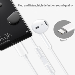 Image 2 - Original HUAWEI CM33 Earphone USB Type C In Ear Hearphone Headset Mic Volume HUAWEI Mate 10 20 Pro 20 X RS P 10 20 30 Note 10
