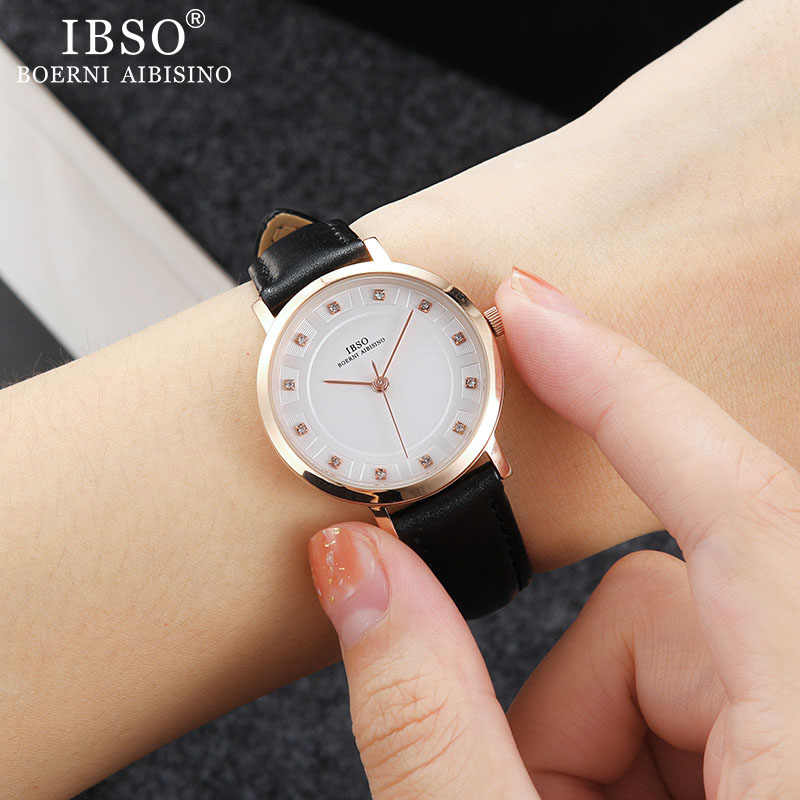IBSO Marke frauen Uhr Quarz Armbanduhr 8mm Ultra dünne Lederband Quarz Uhr Stunden Damen Einfache Relogio Masculino