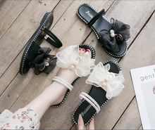Womens summer flower sandals 2020 new flat bottom two wear non-slip fashion seaside vacation beach shoes fairy style