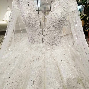Image 5 - LS07949 real picture fixed detachable long cape scoop neck lace up back white color big skir 2018 new popular wedding dress 2018