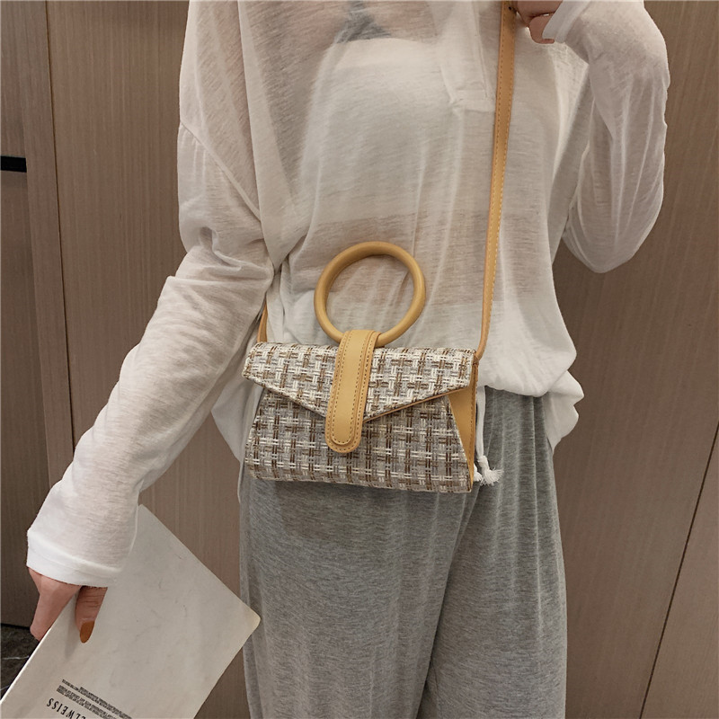 Fashion Women Shoulder Bags Bread Shape Big Bracelet Purse Crossbody Bags Ladies Messenger Casual Shopping Handbags in Shoulder Bags from Luggage Bags