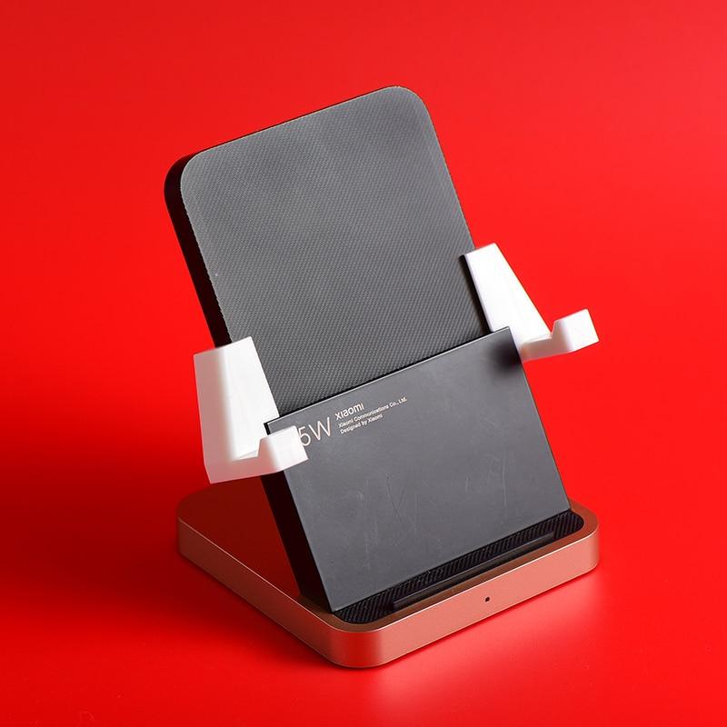Con estos ganchos convertirás tu cargador Xiaomi vertical en horizontal