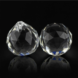 Image 3 - 10pcs 30mm/40mm Clear Crystal Faceted Ball Glass Paperweight Fengshui Crafts Natural Stone for Home Hotel DIY Decoration