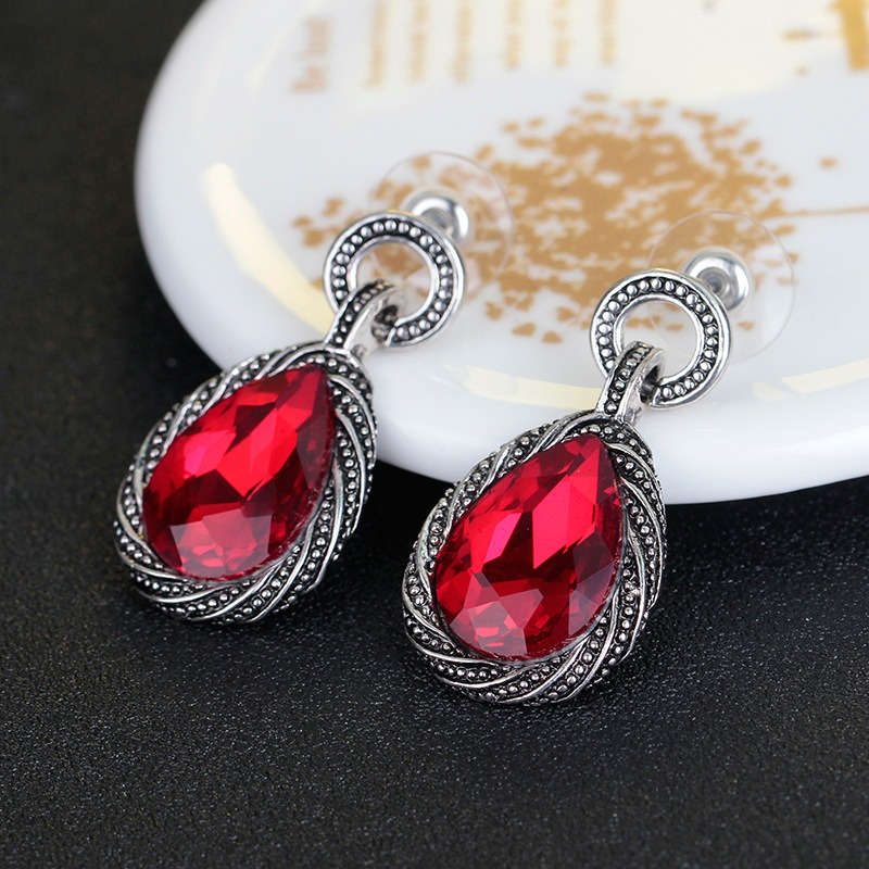 2019 New Arrivals Elegant Retro Long Drop Earrings Fashion Earrings Earrings  Style Earring Indian Jewelry