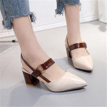 Женские босоножки с острым носком на высоком каблуке
