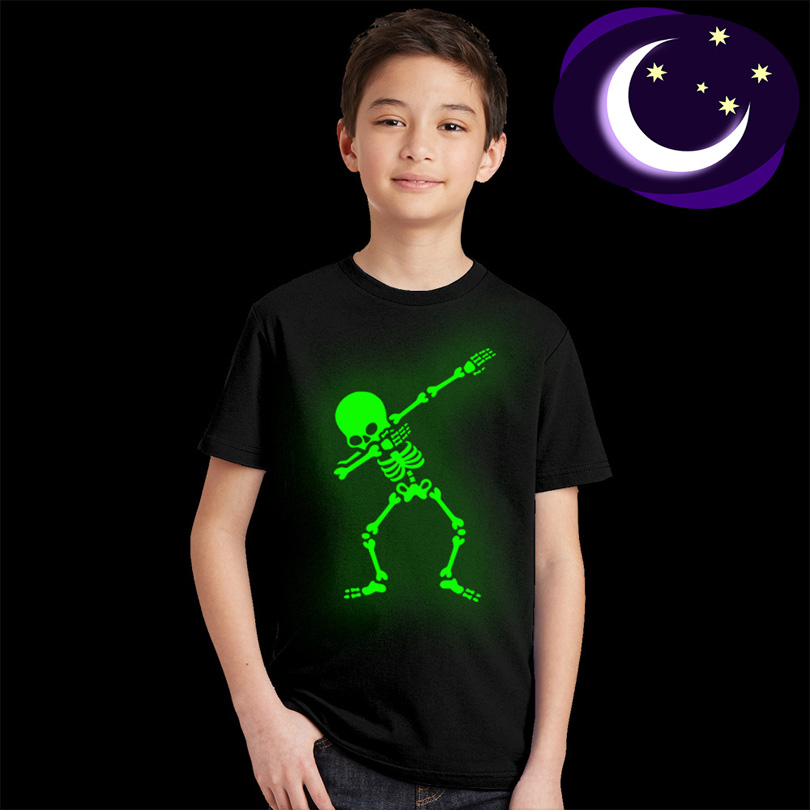 Skeleton <font><b>T</b></font> <font><b>Glow</b></font> <font><b>In</b></font> Dunkelheit Schädel Coole <font><b>T</b></font>-<font><b>shirt</b></font> für Kinder Jungen Mädchen Sommer Luminous <font><b>T</b></font>-<font><b>shirt</b></font> Kinder Hip Hop Rock baby Top image