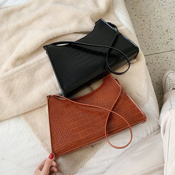 French niche bag female 2020 new Korean version of the wild retro Hong Kong style fashion shoulder