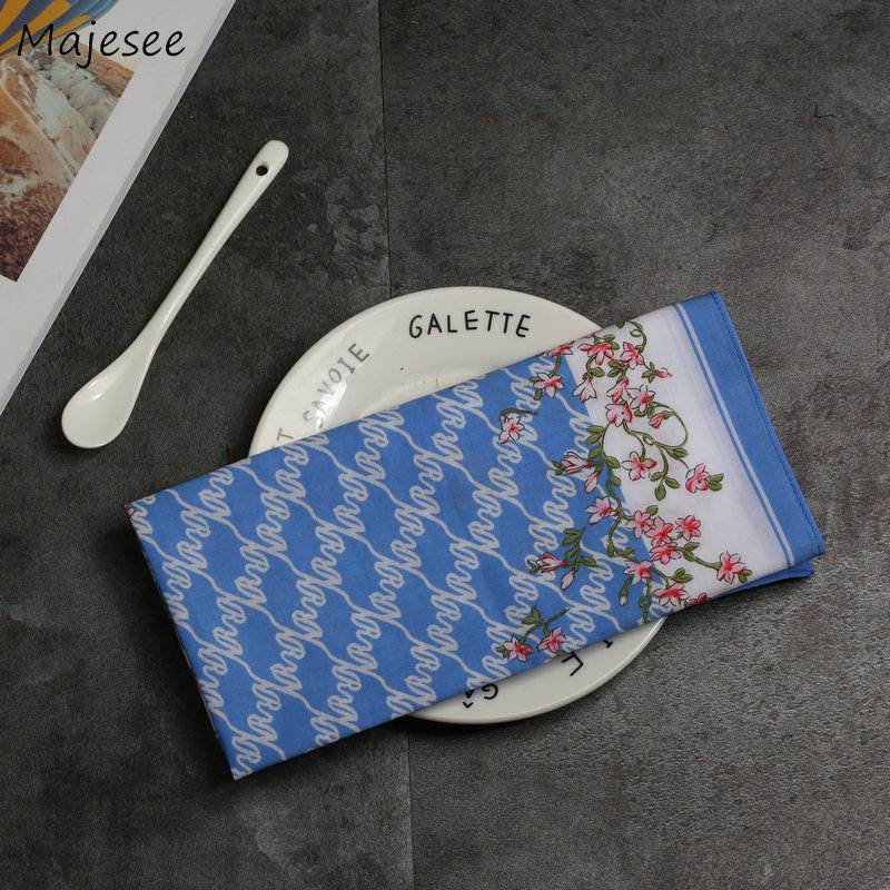 Handkerchiefs Women Kawaii Simple Classic Pocket Square Floral Printed Elegant Vintage Leisure Fashion Womens Chic New Females