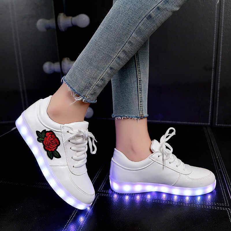 เรืองแสงรองเท้าผ้าใบ Feminino ตะกร้า Light Sole USB Charger Led รองเท้าแตะสำหรับ Boy & Girl Light Up รองเท้า