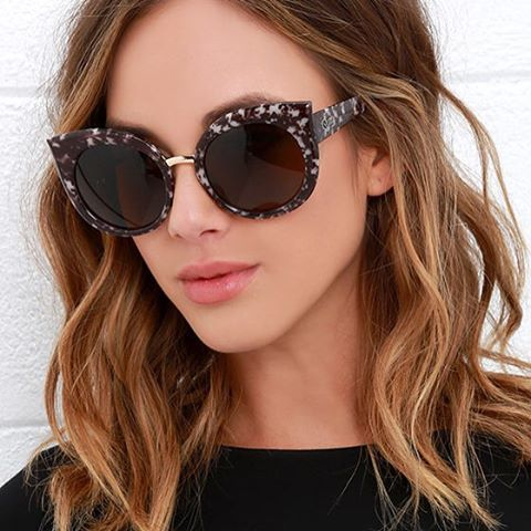 Sunglasses Women New Retro Fashion  Brand Designer Vintage Cat Eye Black Sun Glasses Female Lady UV400 Oculos