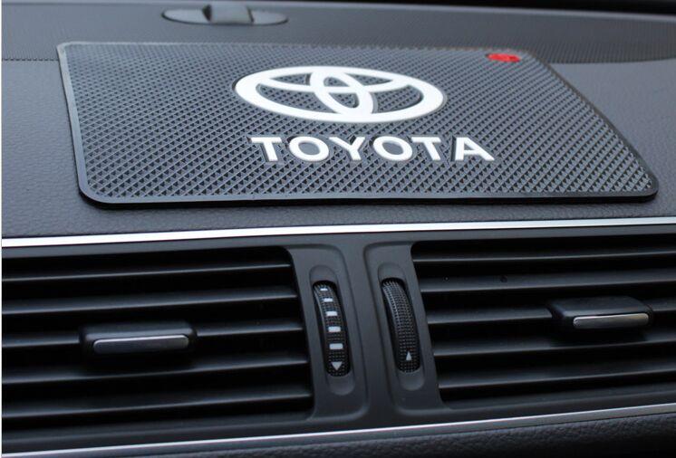 1 PCS Car Anti Slip Mat GPS Phone Holder Non-Slip Mat Pad For Toyota Corolla Chr Auris Rav4 Yaris Avensis Sticker Accessories