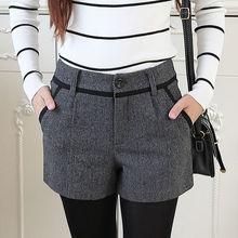 Winter Shorts Women 2020 Korean Casual Style Mini Wool Boots Short Pants Female Autumn Zipper Closed Side Pocket Plaid Bottom
