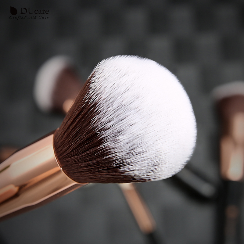 Image 2 - DUcare 9 Pieces Makeup Brush Set Powder Foundation Highlight Eye Make up Brushes with Bag Beauty Makeup ToolsEye Shadow Applicator   -