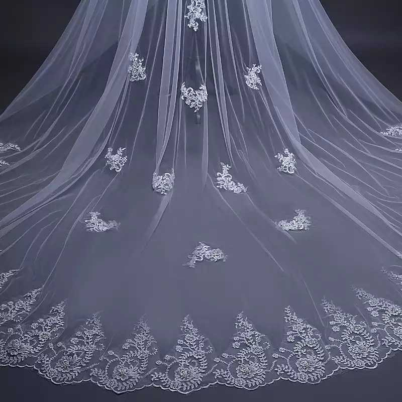 Fashion Bridal Accessories 1 Layer Hot Selling 3m Tulle Wedding Veils with Comb Applique Handmade White Ivory Lace Free Shipping
