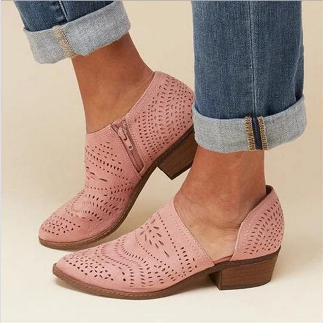 Fretwork sapatos femininos primavera outono baixo chunky salto apontado lado zip bombas de tornozelo curto sandálias oco para fora sapatos retro