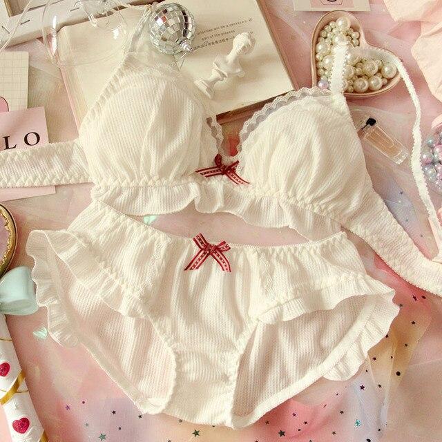 ญี่ปุ่นชีฟองน่ารัก Bra & กางเกงชุด Ruffles Wirefree ชุดชั้นใน Sleep Intimates ชุด Kawaii Lolita ชุดชั้นในสตรีชุด