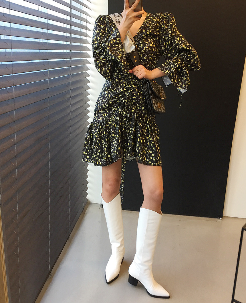 H558ca10f3dda4187b905ee662a731a70I - Autumn V-Neck Flare Sleeves Drawstrings Floral Print Mini Dress