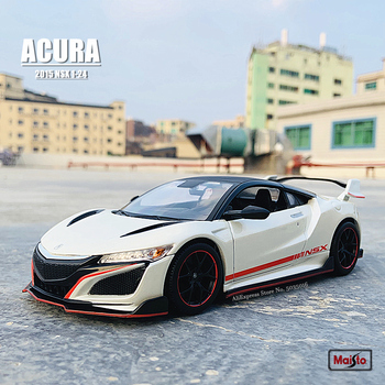Maisto 1:24 New hot sale  ACURA 2018 NSX simulation alloy car model crafts decoration collection toy tools gift