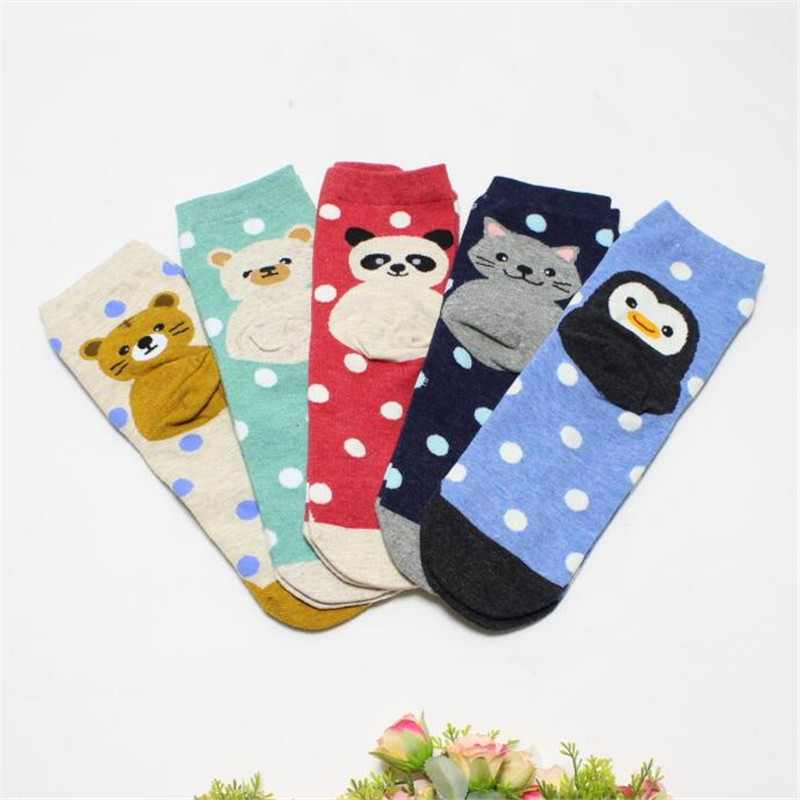 Recommend !!women Cartoon Socks 5pairs/lot Autumn-winter Colorful Cotton In Tube Socks Lady And Women's Funny Animal Socks