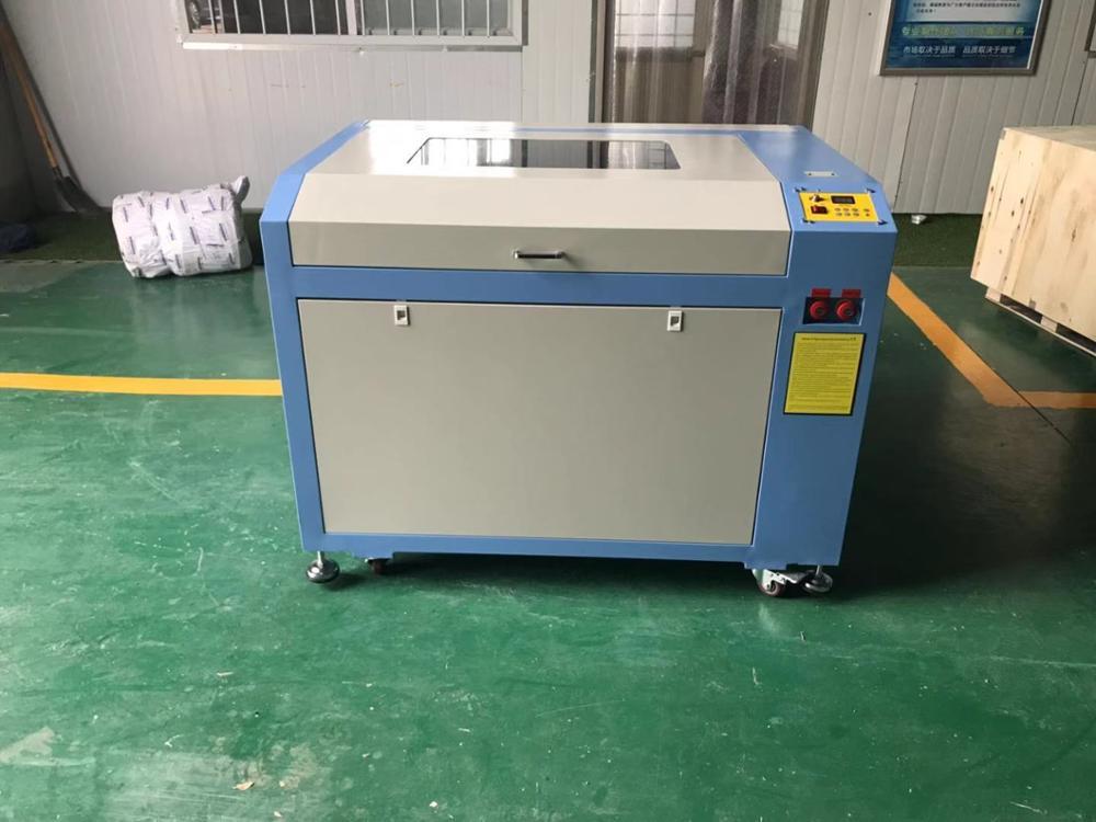 Usine pas cher prix 9060 600x900mm 100w laser machine de découpe 690 laser machine de gravure avec table haut et bas