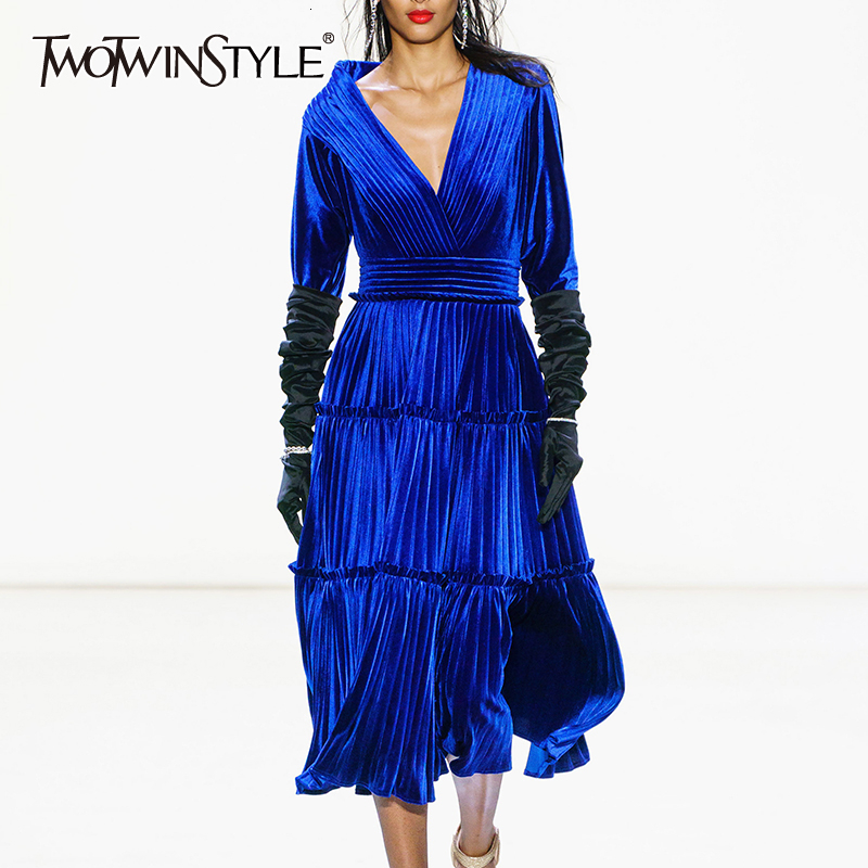 TWOTWINSTYLE Elegant Velvet Women's Dresses V Neck Long Sleeve High Waist Pleated Dress Female Autumn Fashion Clothing 2019 Tide