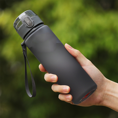 400ml/560ml BPA Free Leak Proof Sports Water Bottle High Quality Plastic Drinkware Tour Hiking Portable Climbing Water Bottles Karachi