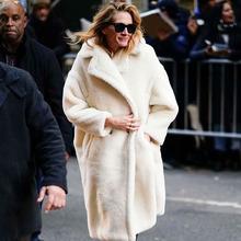 Jesienno-zimowa damska beżowa pluszowy płaszcz stylowa kobieca gruba ciepła kaszmirowa kurtka Casual Girls Streetwear tanie tanio BBWM WOMAN Z wełny Poliester Akrylowe Długi XD2637WBM Skręcić w dół kołnierz Podwójne piersi REGULAR Pełna Szczupła