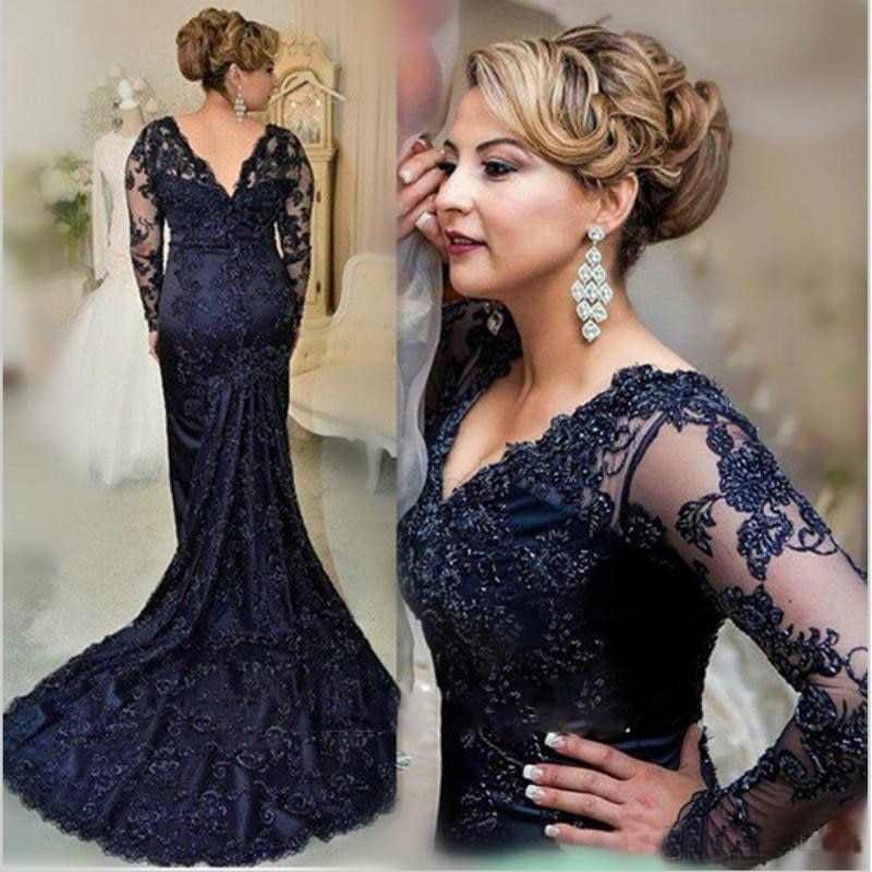 Charming Dark Navy Lace Mermaid Long Sleeve Mother of the Bride Dresses V Neck Wedding Party Gowns Back Out 2020