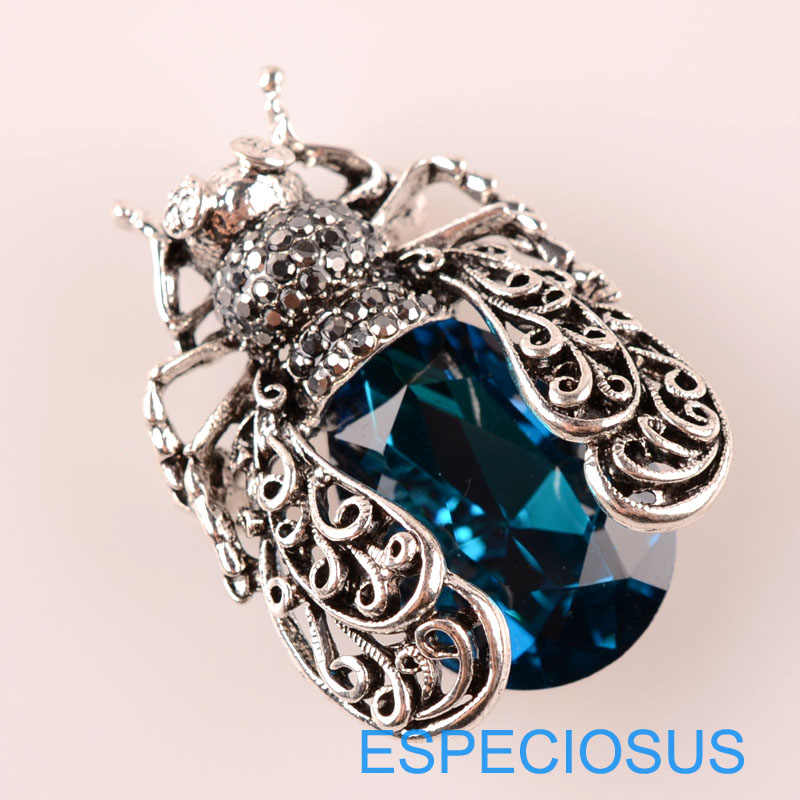Fashion Perhiasan Cicada Pin Rhinestone Biru Warna Bros Crystal Anti Warna Perak Jerapah Payudara Pin Kaca Lady Garment