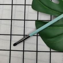 1Pcs Basic Eye Makeup Brush Eye Shadow Smudge Nose Shadow Brightening Brush Shadow Micro Brush Beginner Makeup