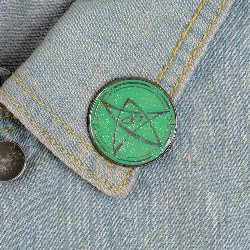緑の五芒星恐竜日月ドリフトボトル自転車地球猫金属エナメルピンラウンド衣装ラペルブローチ
