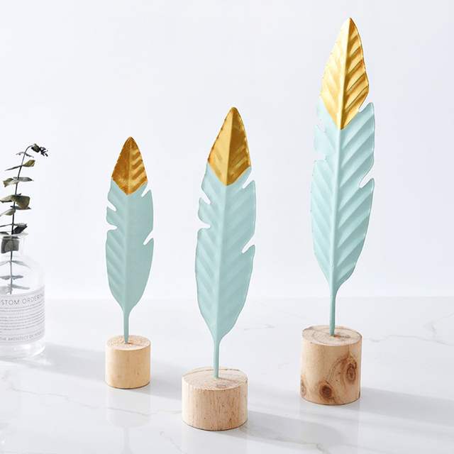 Nordic Creative Iron Feather Shape Ornaments Metal Desktop Artist Office Bookroom Home Decoration DIY Home Figurine Decor Crafts 4