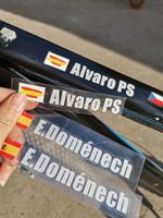 Spor ve Eğlence'ten Bisiklet Çıkartmaları'de 2019 tarzı özel benzersiz isim ulusal bayrak harfler 13x95mm yol bisiklet şasisi tüpler bayrağı kişisel isim bisiklet çıkartmalar