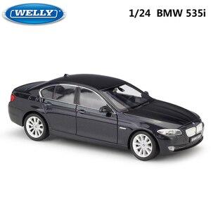 Image 5 - WELLY 1:24 ölçekli Diecast simülatörü modeli araba BMW 335i/535i klasik araç Metal alaşım oyuncak araba erkek çocuklar için hediye koleksiyonu
