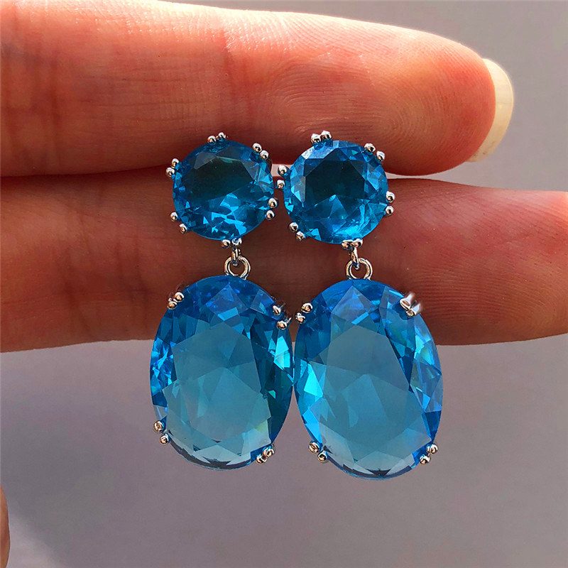 VILAGE Simple Elegant Large Oval Cz Elegant Female Earrings Female Accessories Shiny Cubic Zirconia Earring Trendy Jewelry