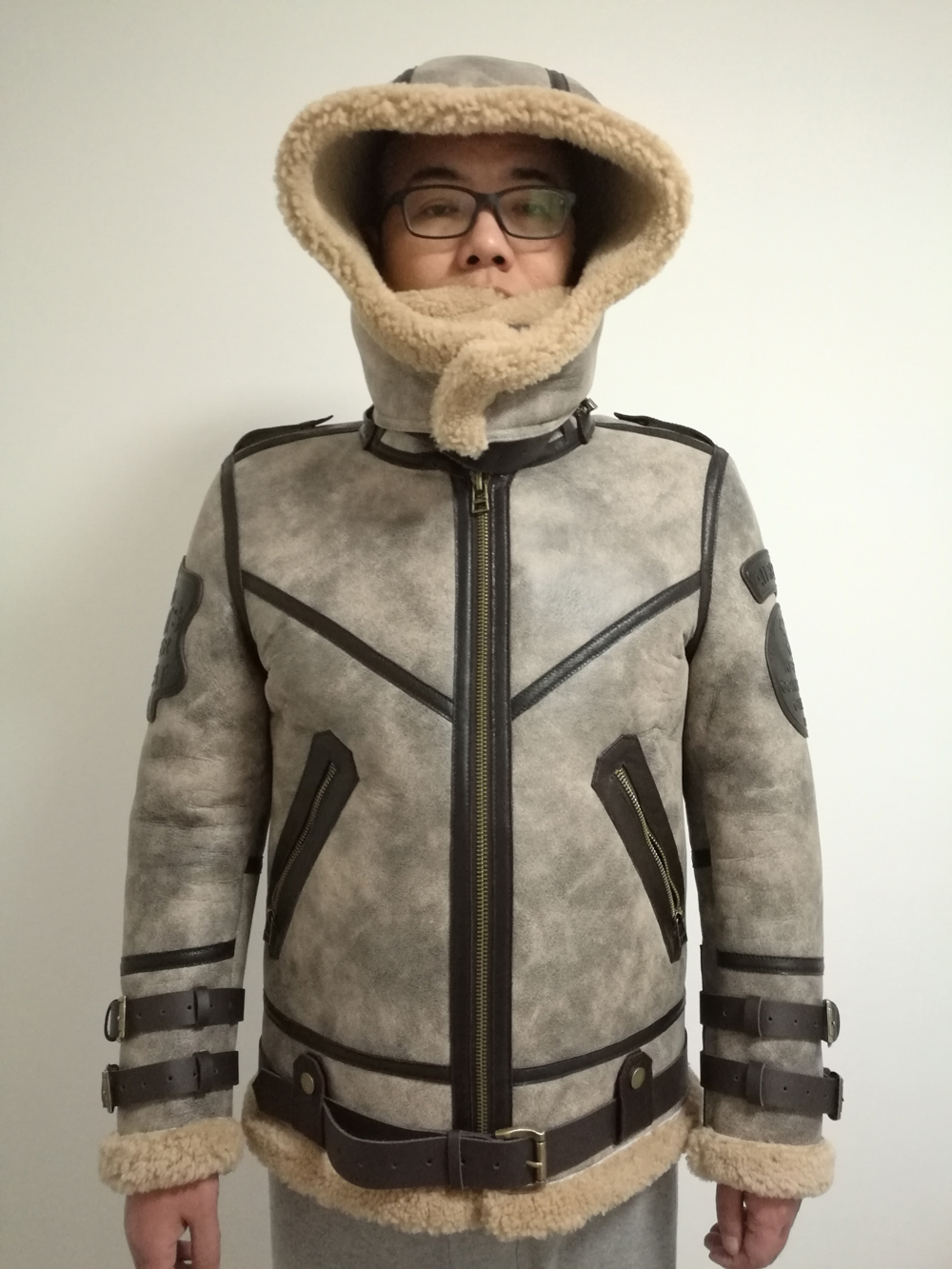 H55c733a8c14b455e8355e557c85f46819 2019 Fashion 100% Quality Real Sheepskin Fur Men Coat Genuine Full Pelt Sheep Shearling Male Winter Jacket Brown Men Fur Outwear