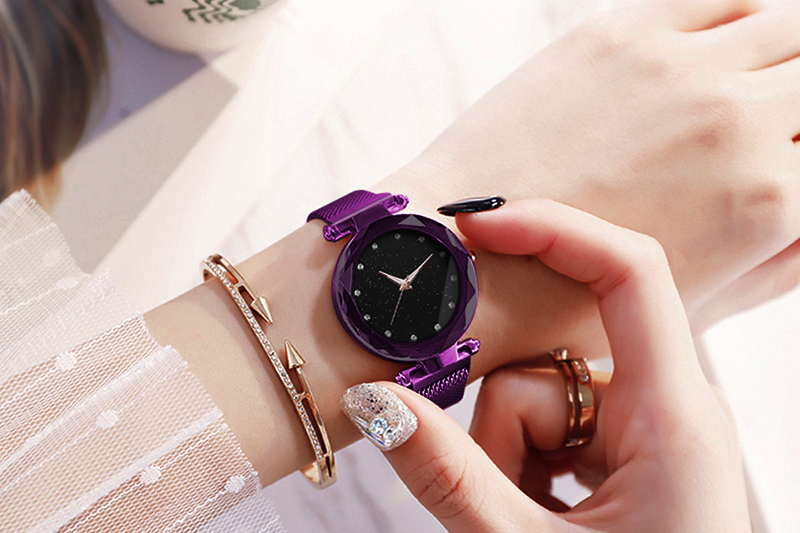 H55ca6889e7bd4cc8bc600f2904d53198r Luxury Women Watches Ladies Magnetic Starry Sky