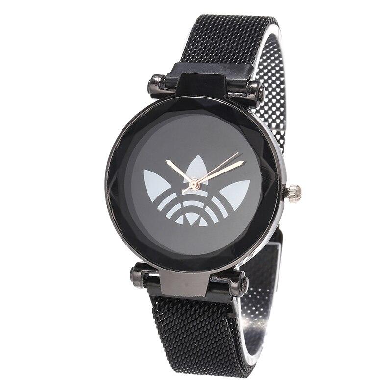 Reloj Mujeres New Luxury Brand Fashion Crystal 3 Leaf AD Women Watch Gold Steel Strap Quartz Wristwatches Ladies Bear Watches