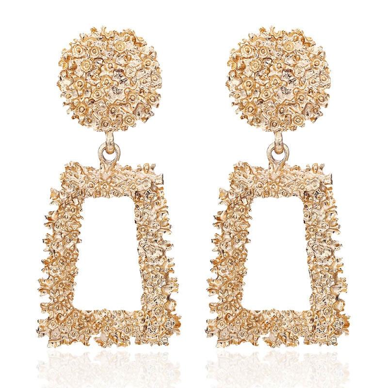 2019 new Alloy Drop Earrings for Women Geometric Simple Dangle Fashion Glossy Plated Long Earrings Jewelry Accessories wholesale in Drop Earrings from Jewelry Accessories