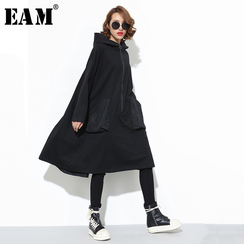 [EAM] Women Black Big Pocket Back Ribbon Big Size Dress New Hooded Long Sleeve Loose Fit Fashion Tide Spring Autumn 2020 JD079