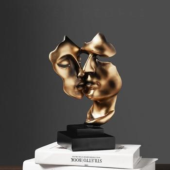 Statues Sculpture Modern Resin Golden Mask Couple Kiss Figurines 2