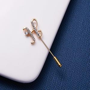 RINHOO Rhinestone Letters M H Z Brooch Women Girls Sweater Scarf Suit Charming Female Brooch Pin Fashion Jewelry Accessories