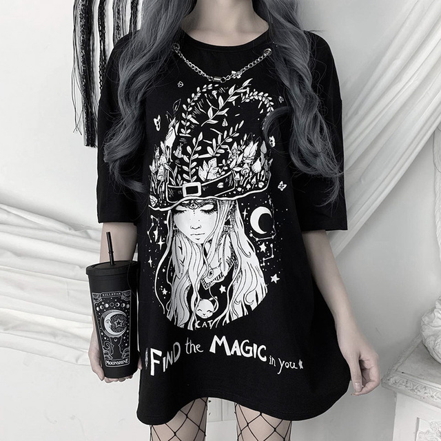 Oversized T-shirts with Gothic print