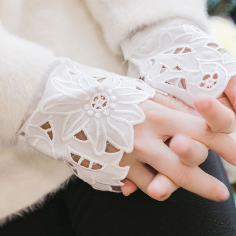 2pcs/pair Women Girl Fake Cuff Delicate Crotchet Floral Lace Cutout Wrist Decor NEW