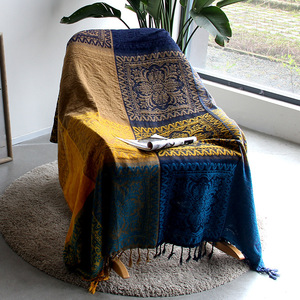 Image 2 - 5 colors Colorful Bohemian Chenille Plaids Blanket Sofa Decorative Throws on Sofa/Bed large Cobertor Blanket With Tassel T176