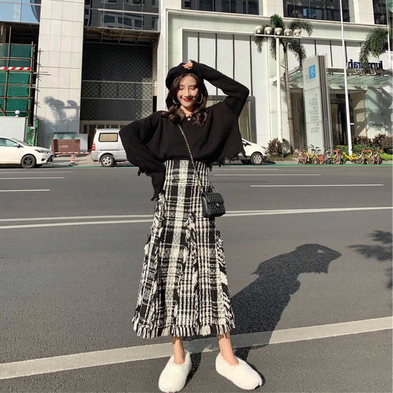 France Non-mainstream Playful Short-height Fairy Sweater Collocation Skirt Western Style Royal Sister Online Celebrity Two Piece