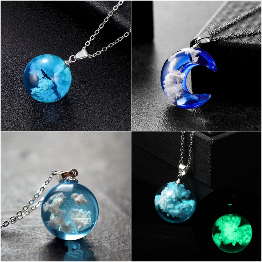 Blue Sky White Cloud Necklace Transparent Round Glass Ball Moon Pendant Luminous Chain Necklace Chokers for Women Jewelry Gift
