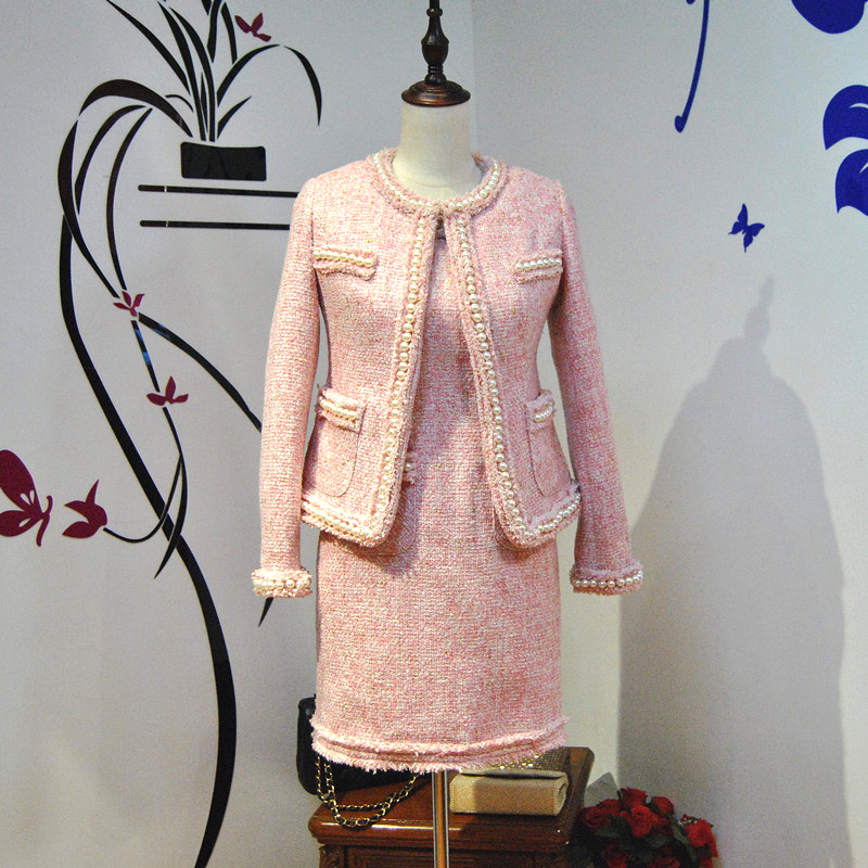 Noble elegant White Pink Tweed Jacket Slim Full imitated pearls frills Short Coat Designer Customize Women Party Dress